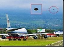ufo-Obama2-300x230g