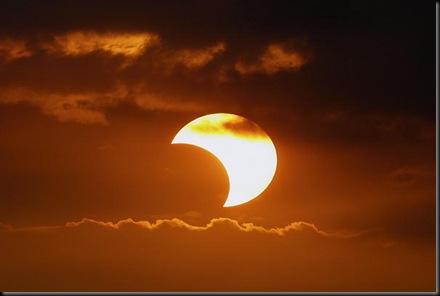 eclissi-parziale-di-sole